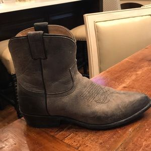 Frye billy short boot, gray